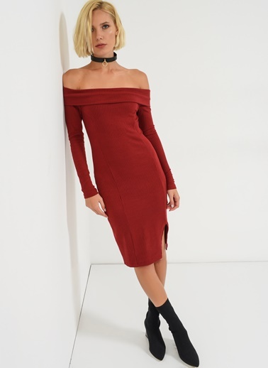 Omuzları Açık Elbise-Agenda
